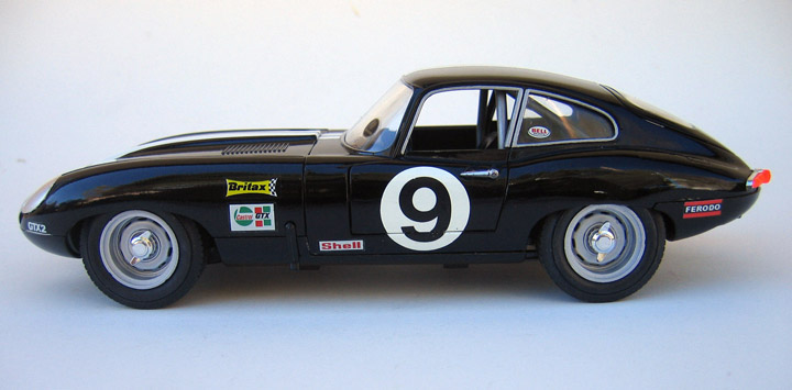 57011 118 Burago Jaguar E Type Racing on jaguar xke modifications